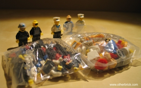 Five (5) samples of the minifigs were already built, the rest of the 26 figs were unbuilt.
